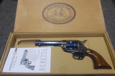 Beretta Stambede, cal 45 Long Colt, TT=2