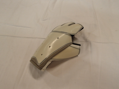 Kilpa-ampujan hanska (vasen)
