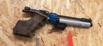 Matchguns MG H1, cal 4,5 mm, paineilmapistooli, sähkölaukaisulla