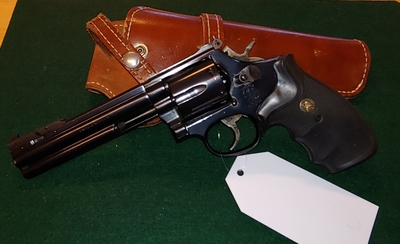 "Smith & Wesson mod. 586-1, 62 ,cal 357 Magn. 6"", TT=2"