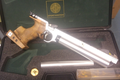 Steyer LP 10, cal 4,5 mm, paineilmapistooli