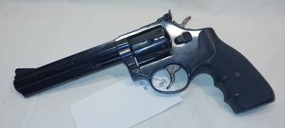 "Taurus cal 357 Magn.  6"", TT=2"