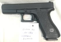 Glock mod. 22, cal .40 S&W, TT=3