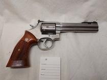 Smith & Wesson Mod. 686-3, cal .357, TT=2